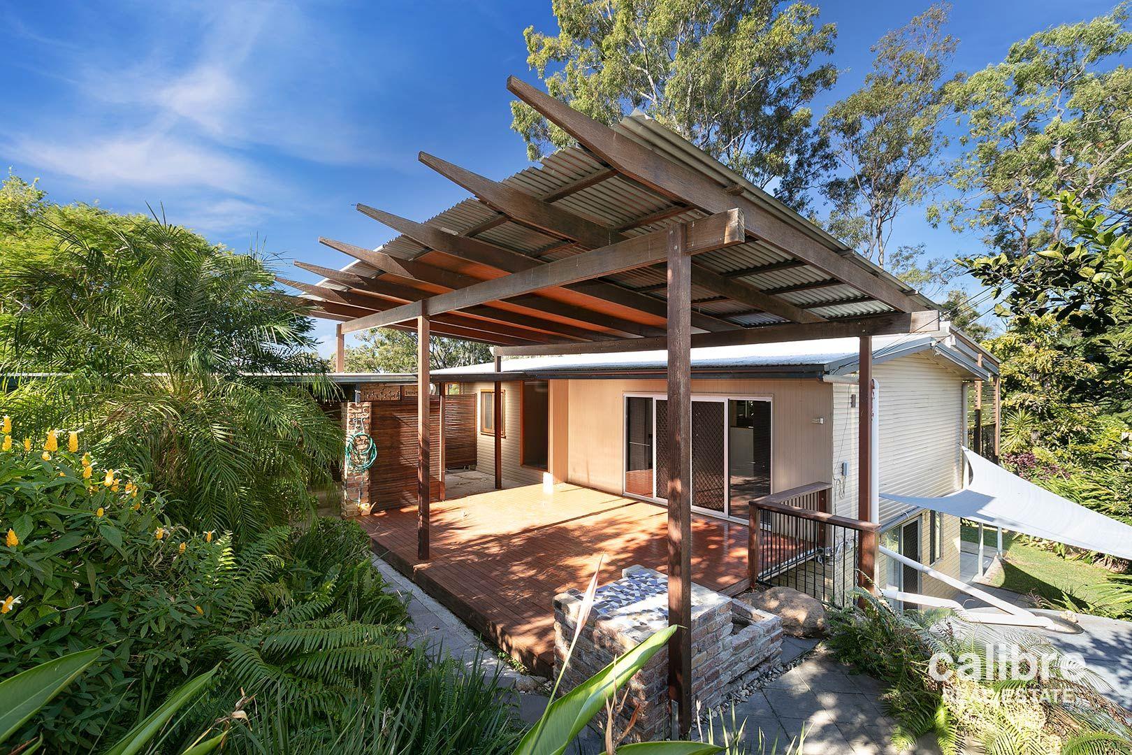 8 View  Crescent, Arana Hills QLD 4054, Image 0