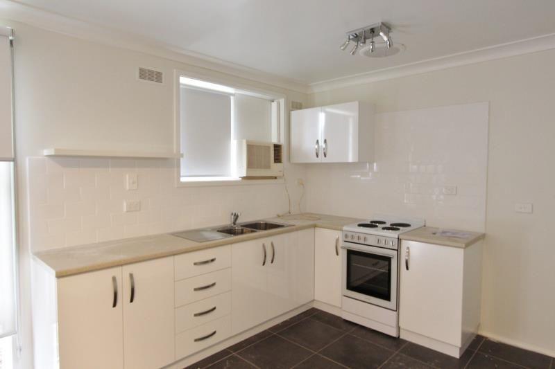 2/278 Bourke Street, Turvey Park NSW 2650, Image 1
