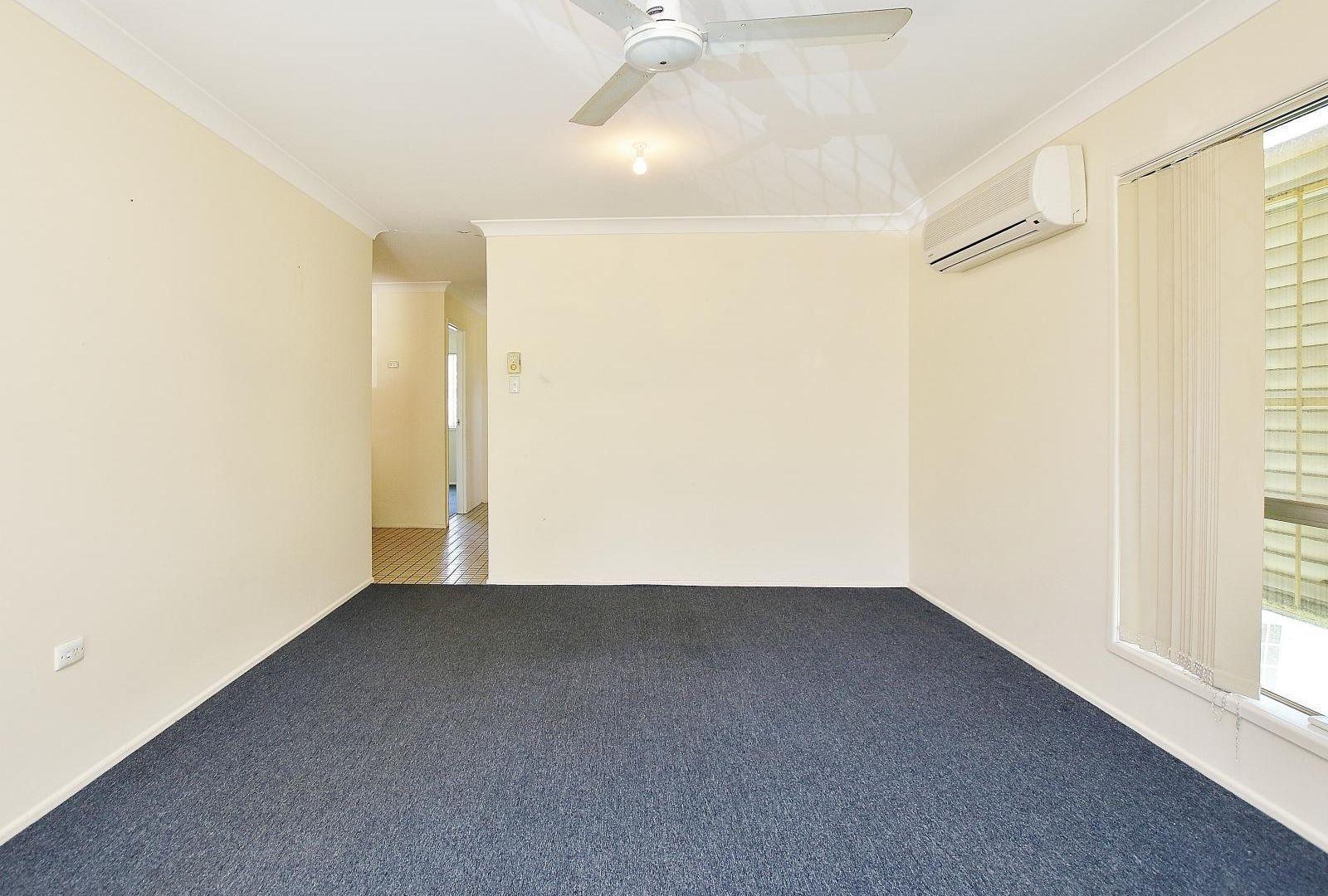 2/10 Kelman Street, Norman Gardens QLD 4701, Image 1