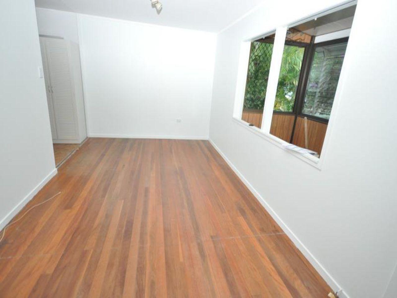 4 Woonga Drive, Woodridge QLD 4114, Image 2