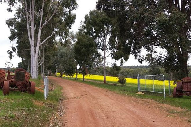 Picture of 7498 Albany Highway, BANNISTER WA 6390