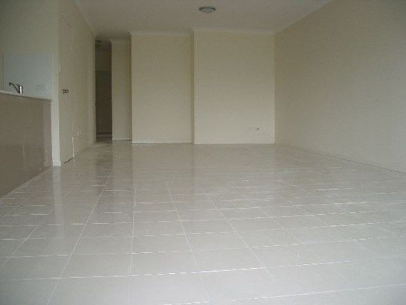 12/8 Catherine Street, Woolloongabba QLD 4102, Image 2
