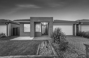 Picture of 7 Tawleed Grove, Clyde North VIC 3978