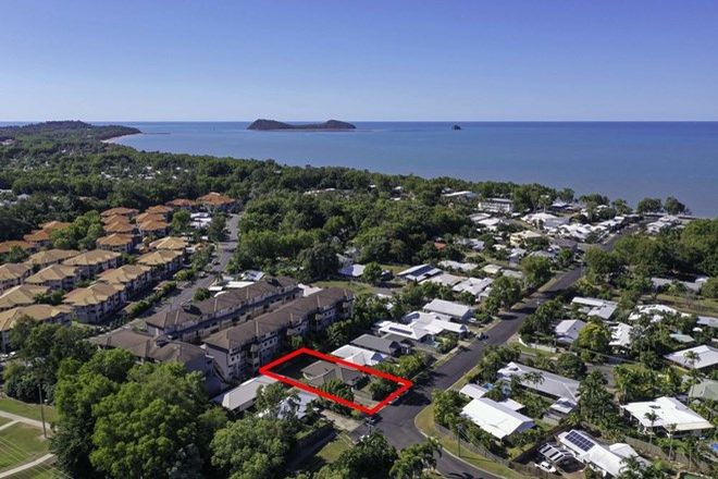 Picture of 36 SAINT CRISPIN STREET, CLIFTON BEACH QLD 4879