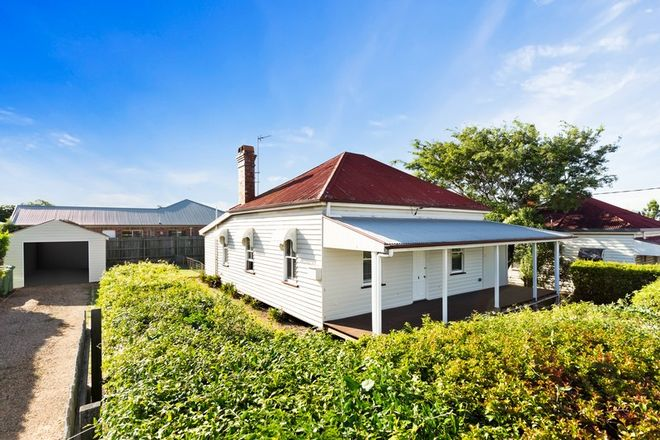Picture of 43 West Street, NEWTOWN QLD 4350