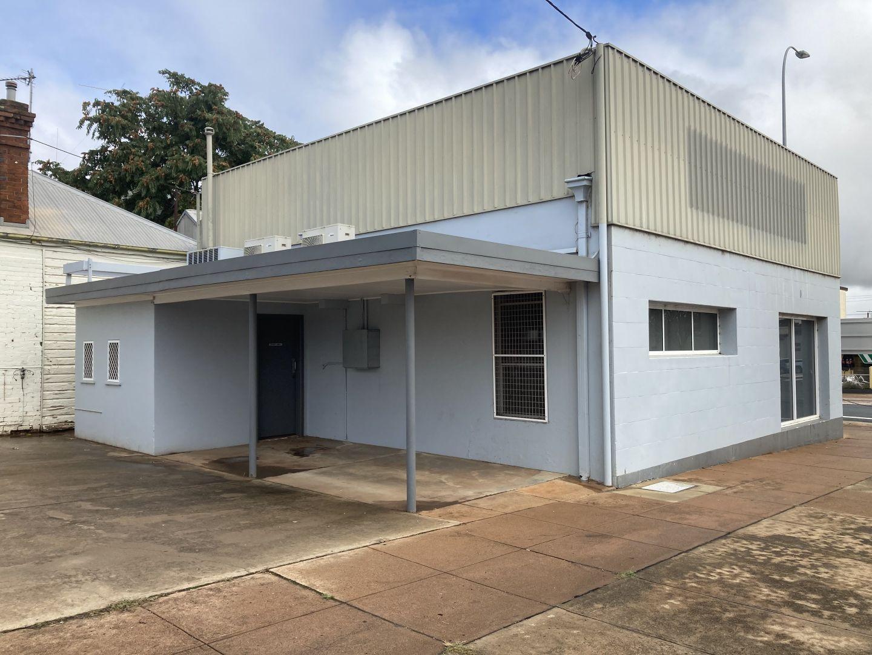 203 Hoskins Street, Temora NSW 2666, Image 1