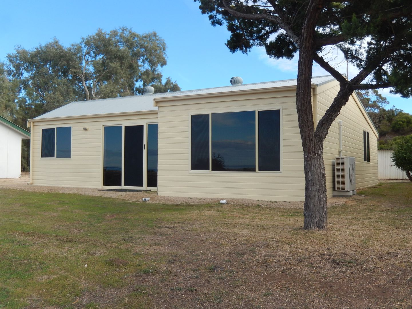 6 The Esplanade, Port Clinton SA 5570, Image 0