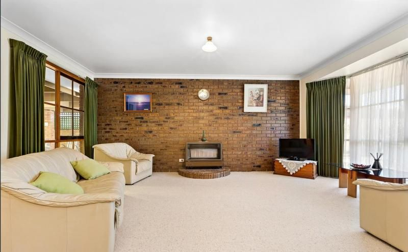2 Norwood Court, Hoppers Crossing VIC 3029, Image 2