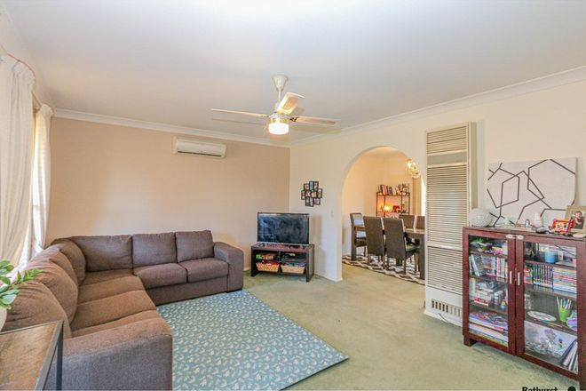 Picture of 2 Piper Street, BATHURST NSW 2795