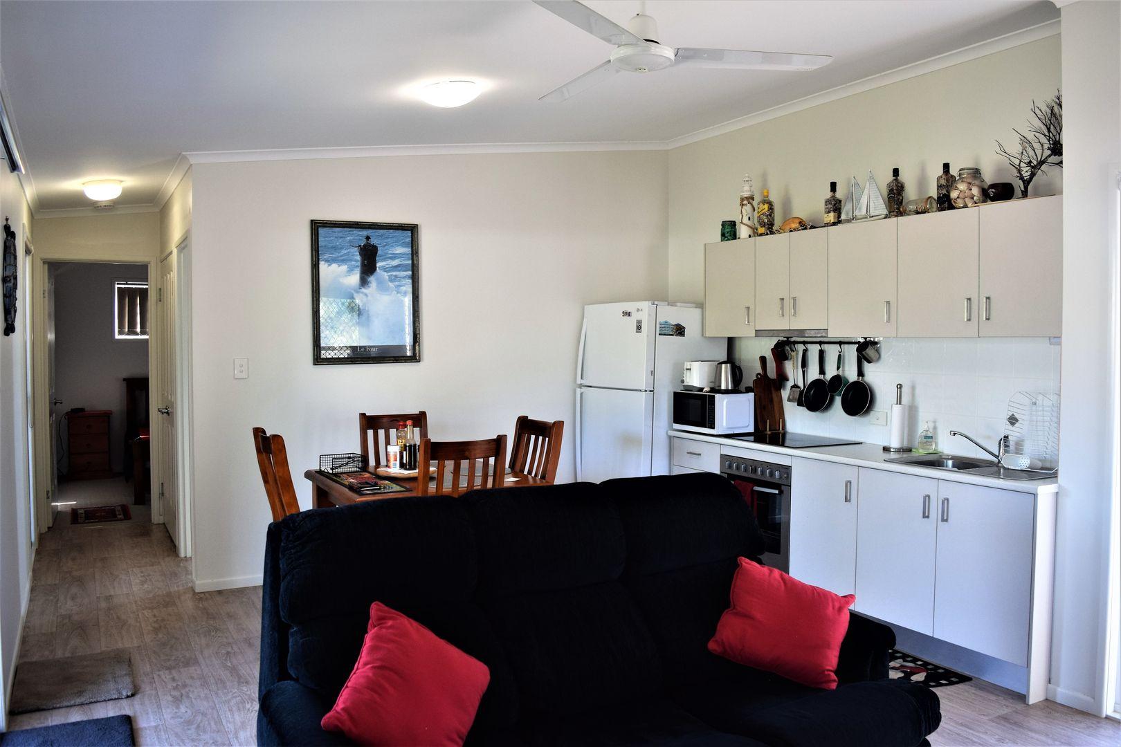 25 Zunker St, Burnett Heads QLD 4670, Image 1