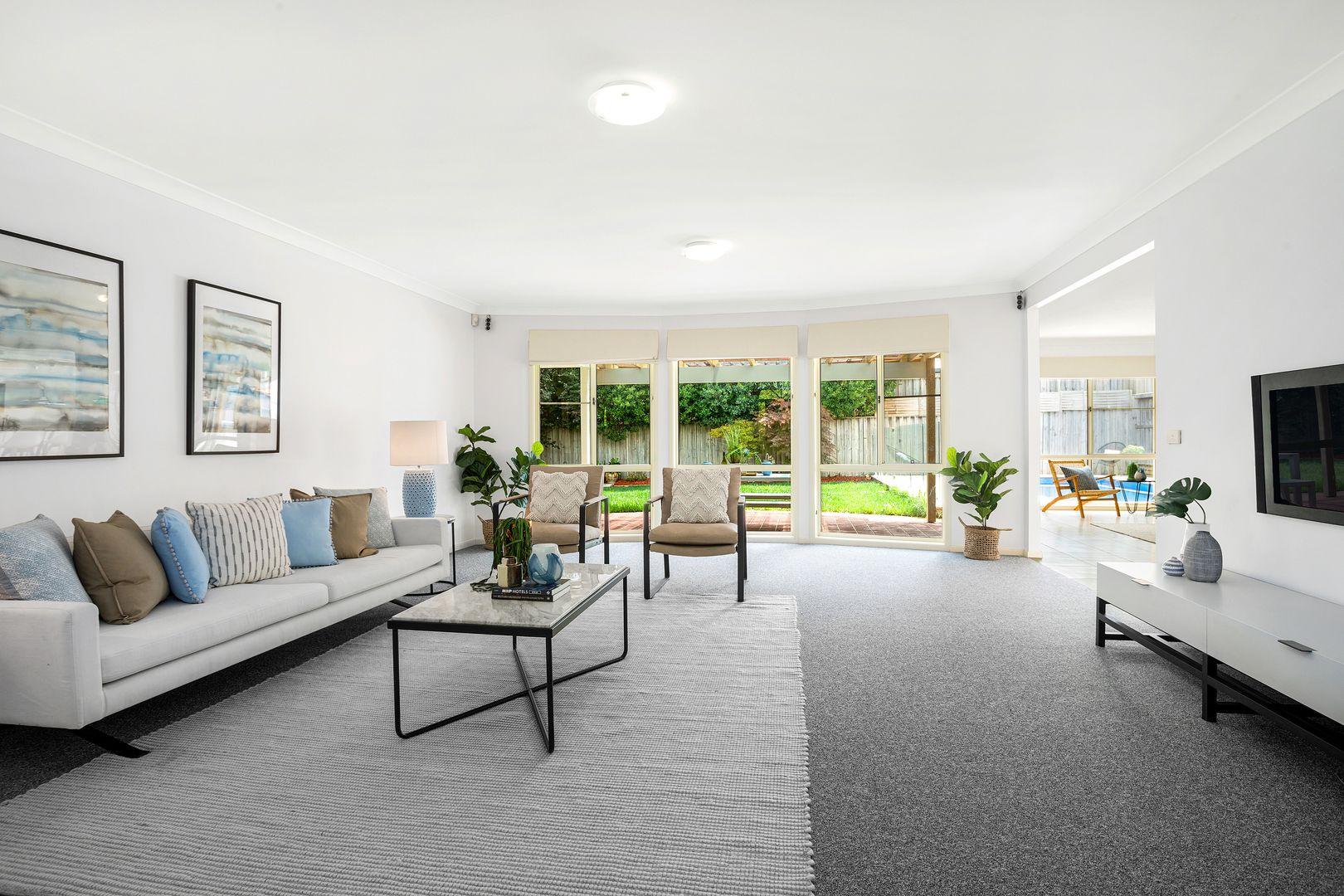 11 Hotham Avenue, Beaumont Hills NSW 2155, Image 2