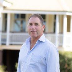 Derek Qualischefski, Sales representative