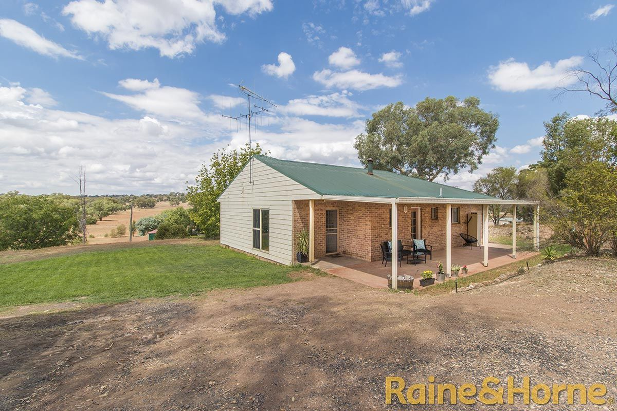 30 - 32 Hill Street, Geurie NSW 2818, Image 1