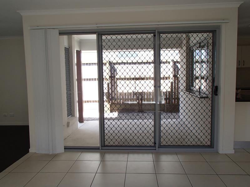 4 Pike Lane, Warner QLD 4500, Image 2
