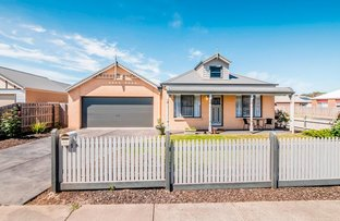 83 Cook Street, Drouin VIC 3818