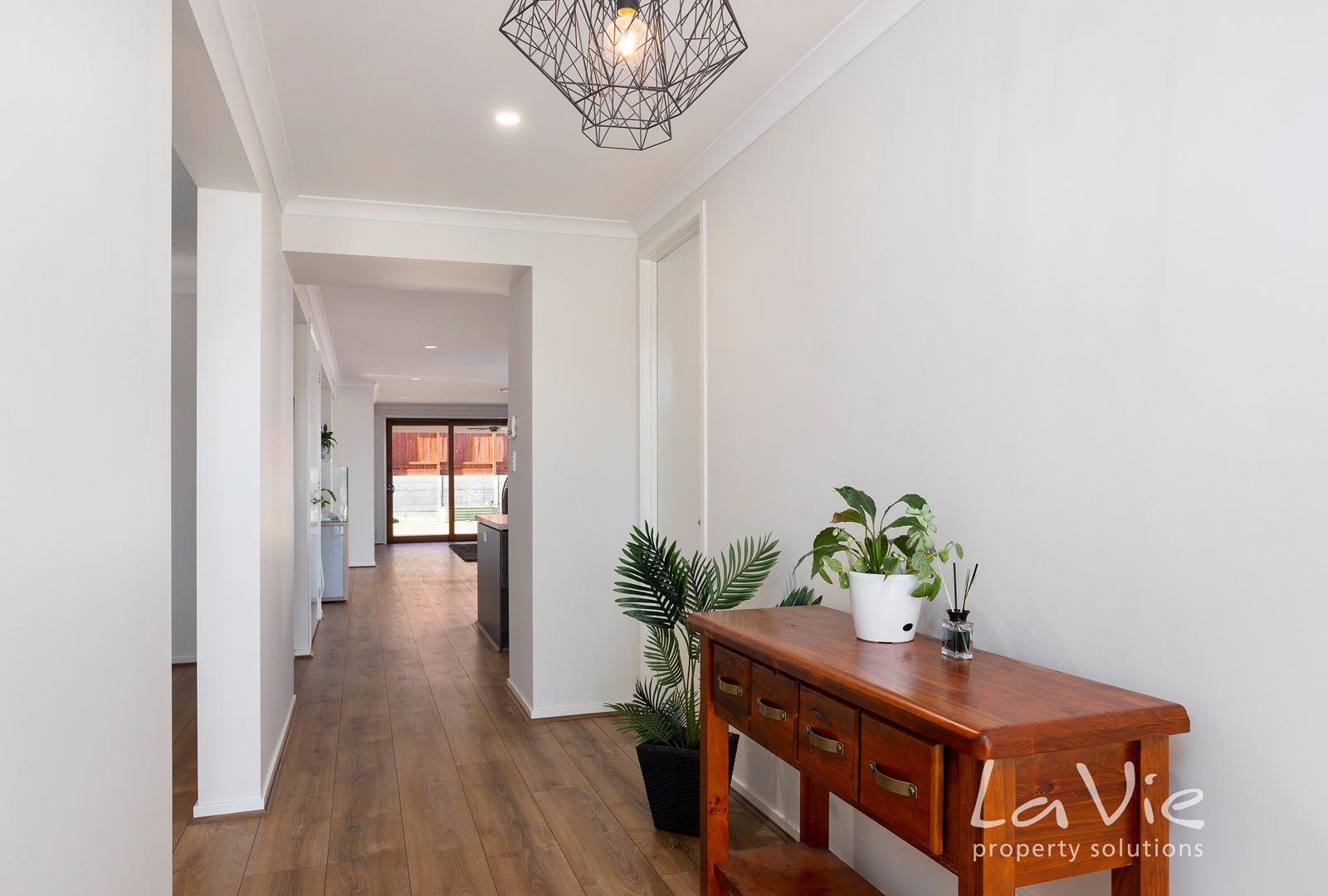 31 Abrahams  Road, South Ripley QLD 4306, Image 1