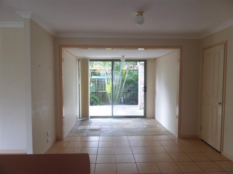17 Spinnaker Street, Redland Bay QLD 4165, Image 2