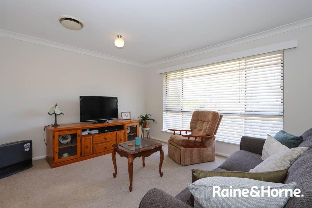 35 Bant Street, Bathurst NSW 2795, Image 1