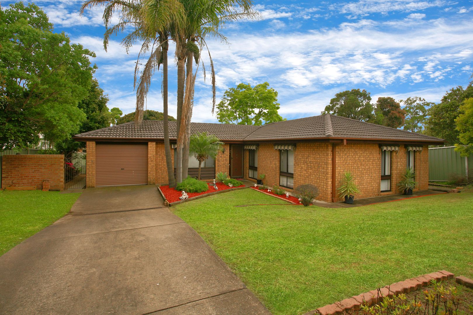 25 Clarence Road, St Clair NSW 2759, Image 0