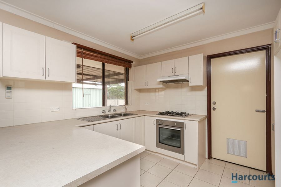 1 Bell Court, Armadale WA 6112, Image 2