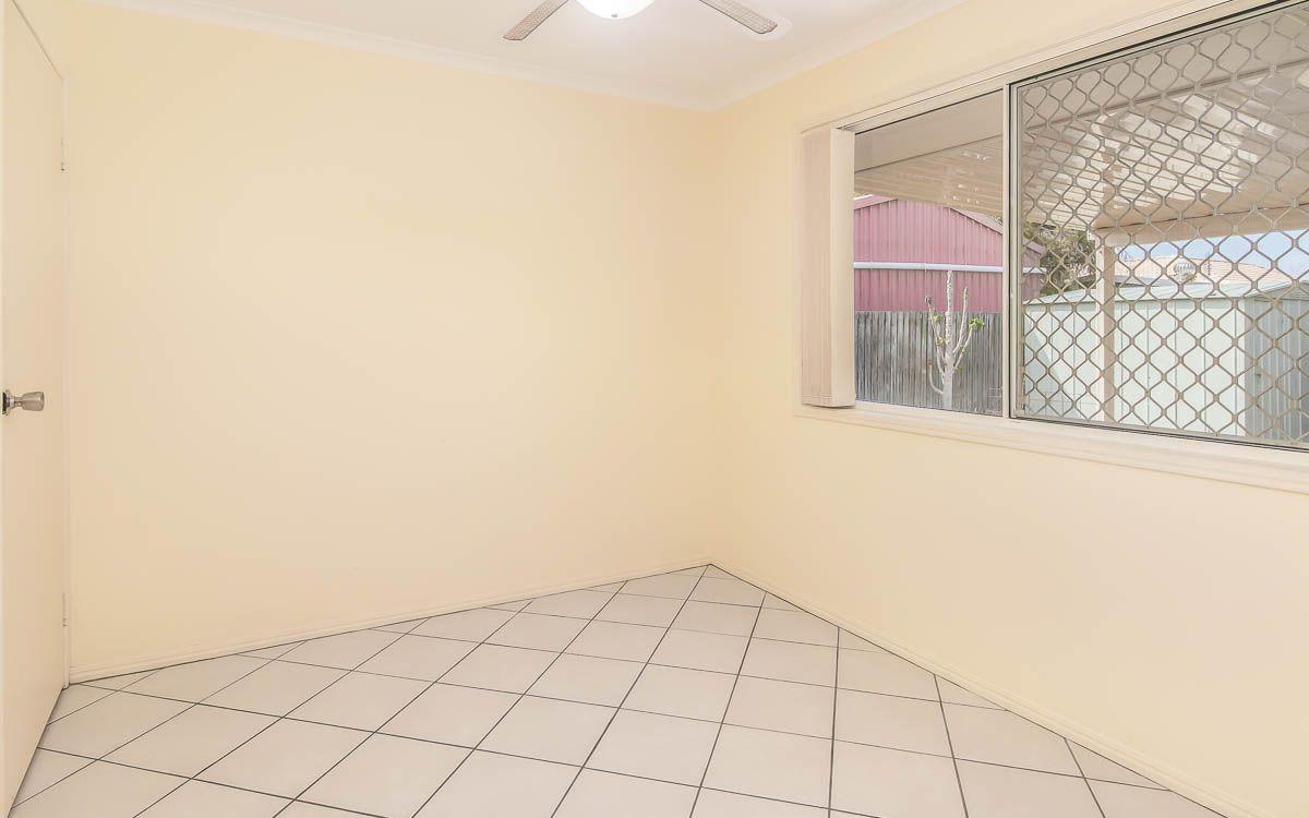 10 Hood Street, Urangan QLD 4655, Image 2