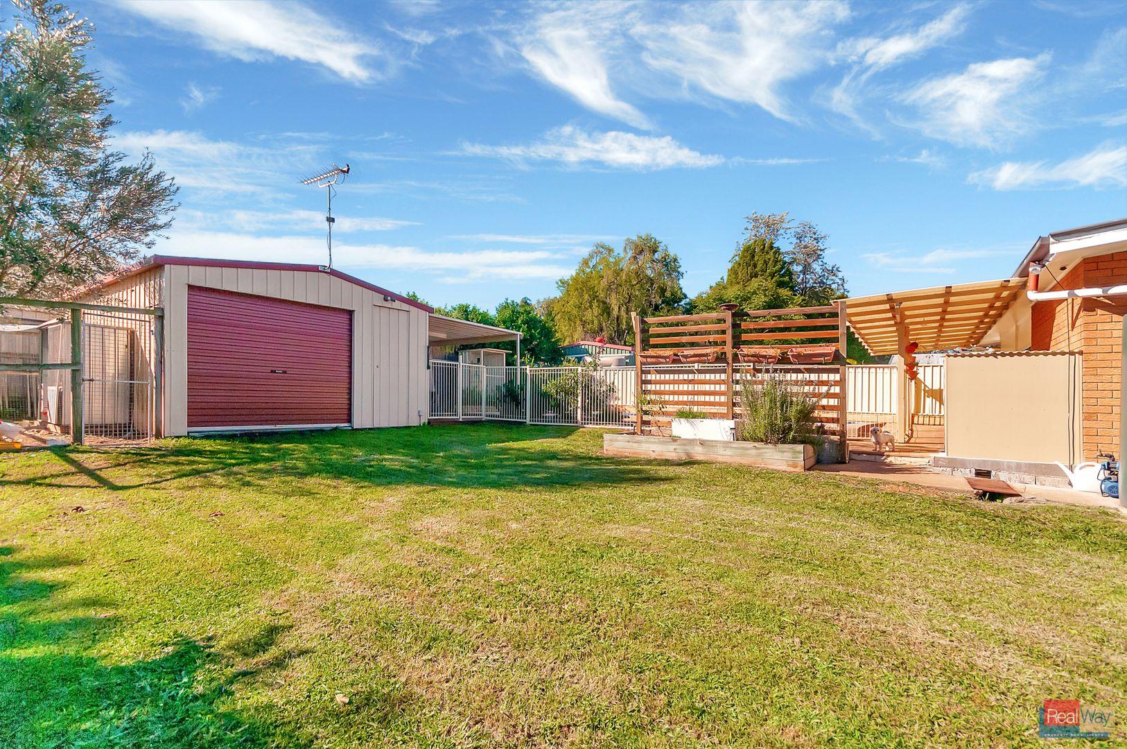 10 Jackson Street, Eastern Heights QLD 4305, Image 2