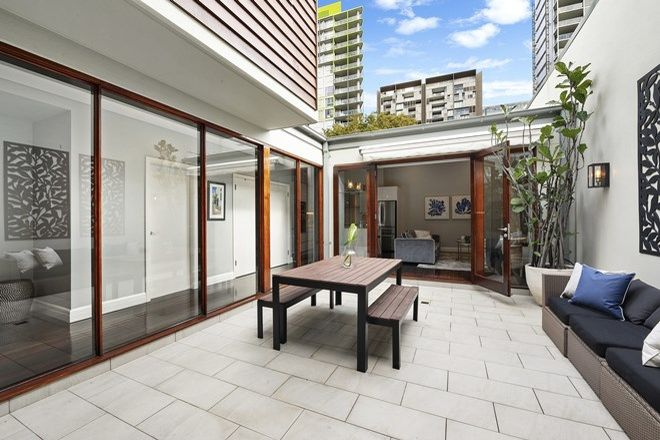 Picture of 9 Cadigal  Avenue, PYRMONT NSW 2009