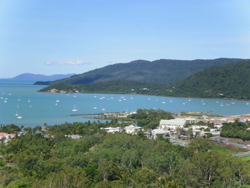 20a/18 Seaview Drive, Airlie Beach QLD 4802, Image 2