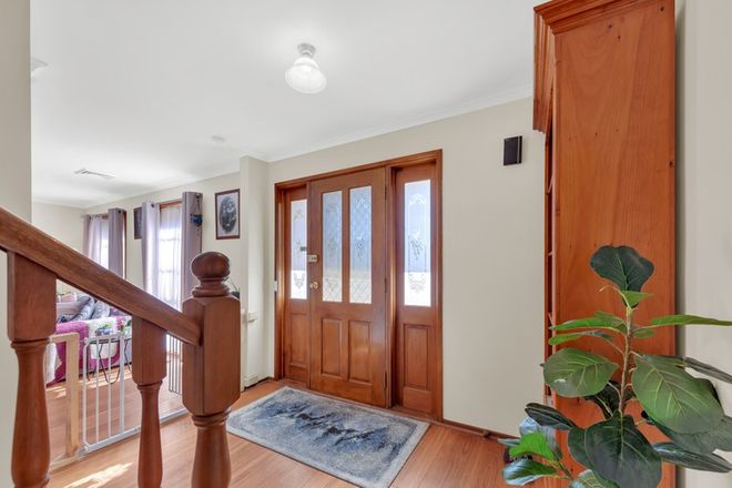Picture of 6 Farmer Court, MELTON WEST VIC 3337
