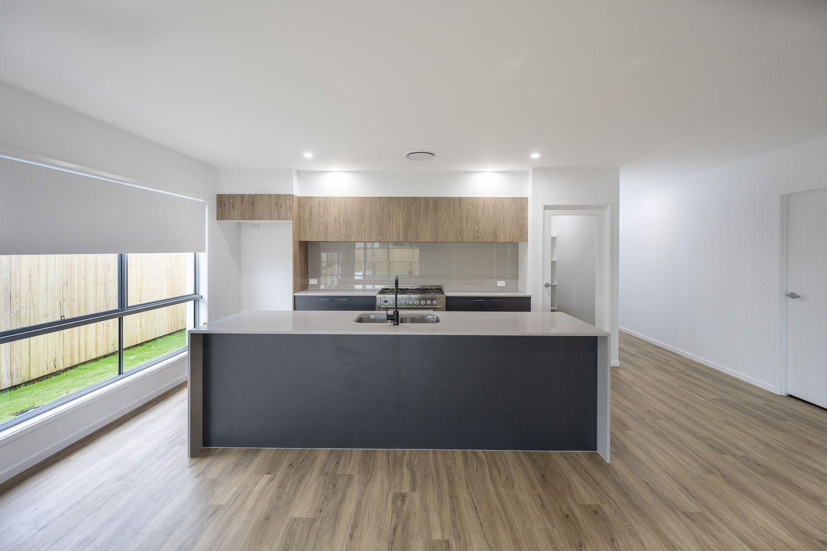 35 Chittick Crescent, Palmview QLD 4553, Image 2