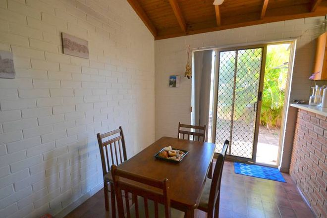 Picture of 25/1 Charles Road, CABLE BEACH WA 6726