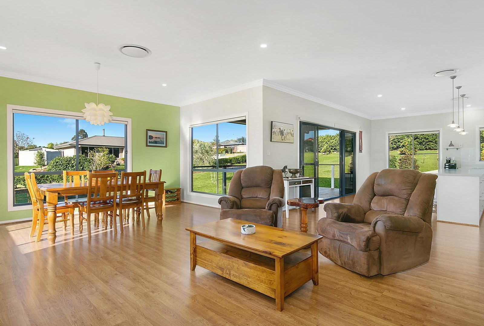 2 Traves Court, Highfields QLD 4352, Image 2