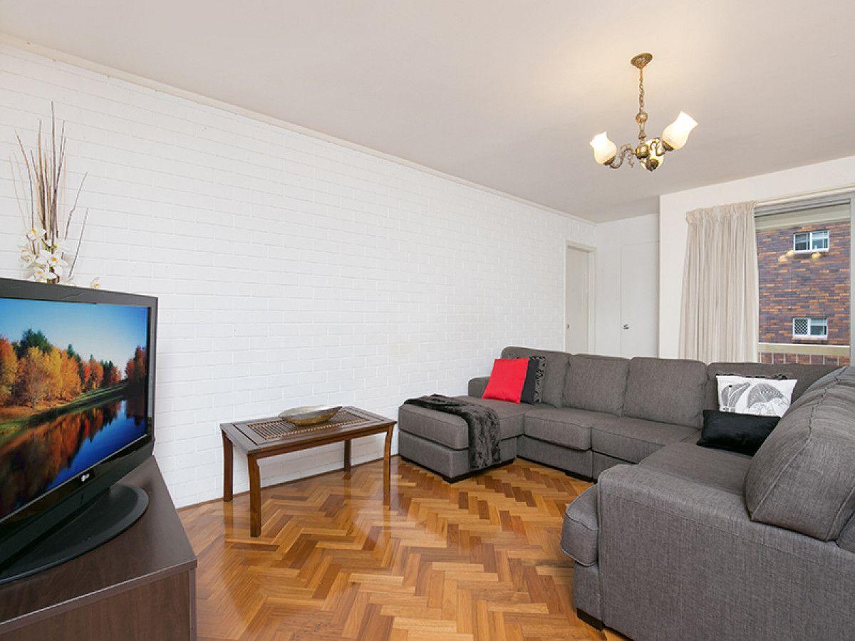 4/24 Beet Street, Coorparoo QLD 4151, Image 1