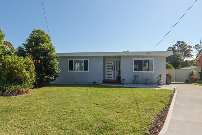 Picture of 31 Tradewinds Avenue, SUSSEX INLET NSW 2540