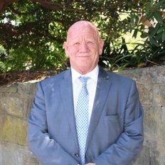 Geoffrey Hazelton, Sales representative