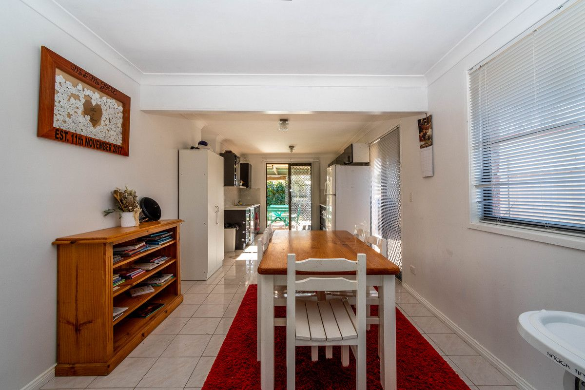 41 Comerford Close, Aberdare NSW 2325, Image 2