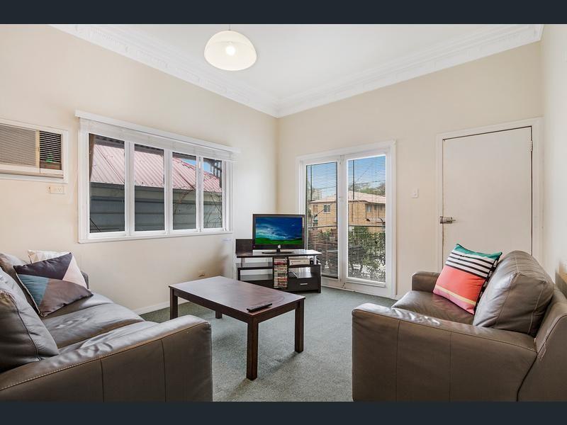 12 Potts Street, East Brisbane QLD 4169, Image 2