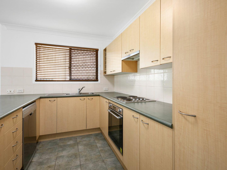 49 Bledisloe Street, Fairfield QLD 4103, Image 2