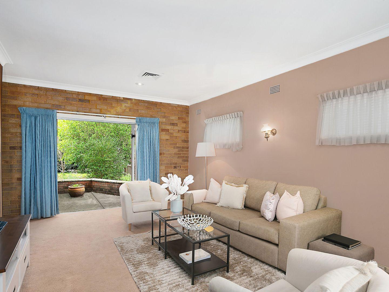 8 Davis Avenue, Epping NSW 2121, Image 2
