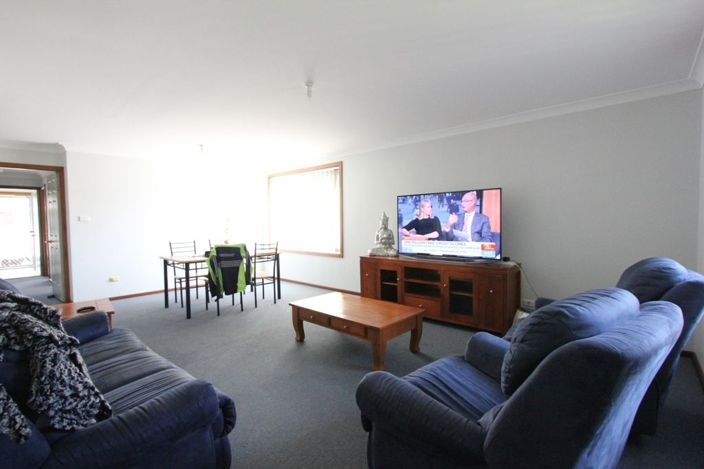 2/6 Gelfius Crescent, Macquarie Hills NSW 2285, Image 1