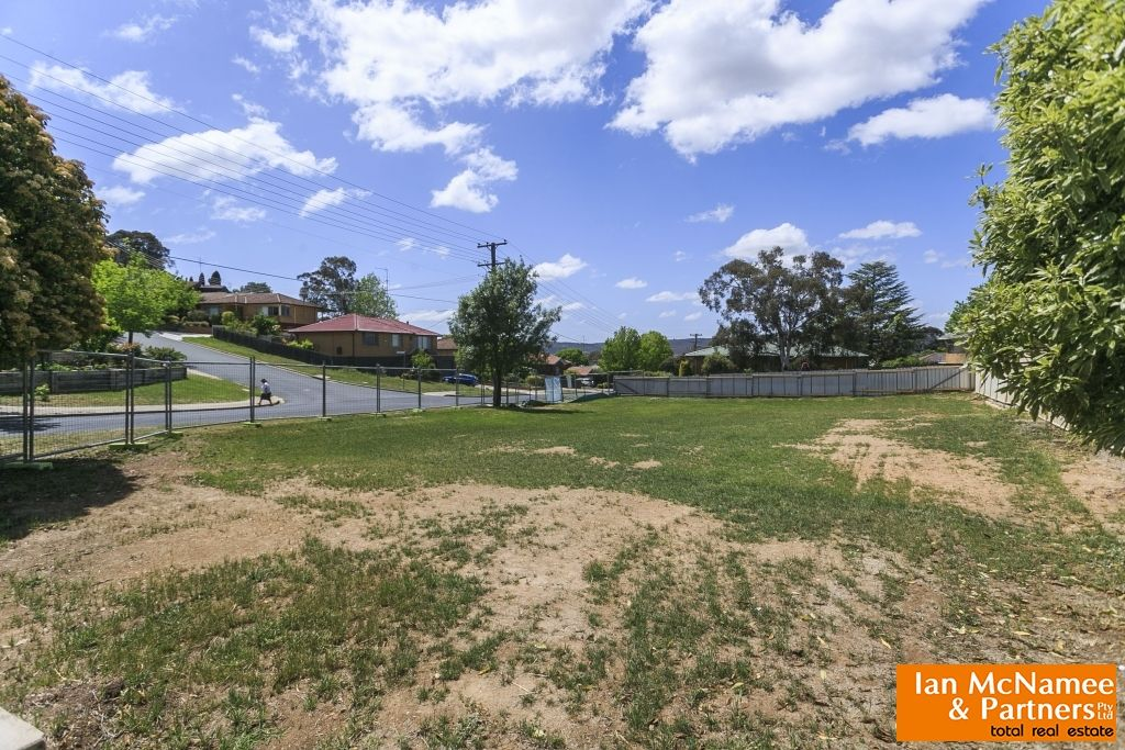 15 Cassinia Street, Crestwood NSW 2620, Image 2