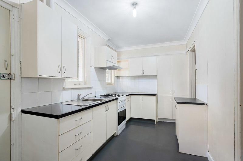 6 Loftus Crescent, Homebush NSW 2140, Image 1