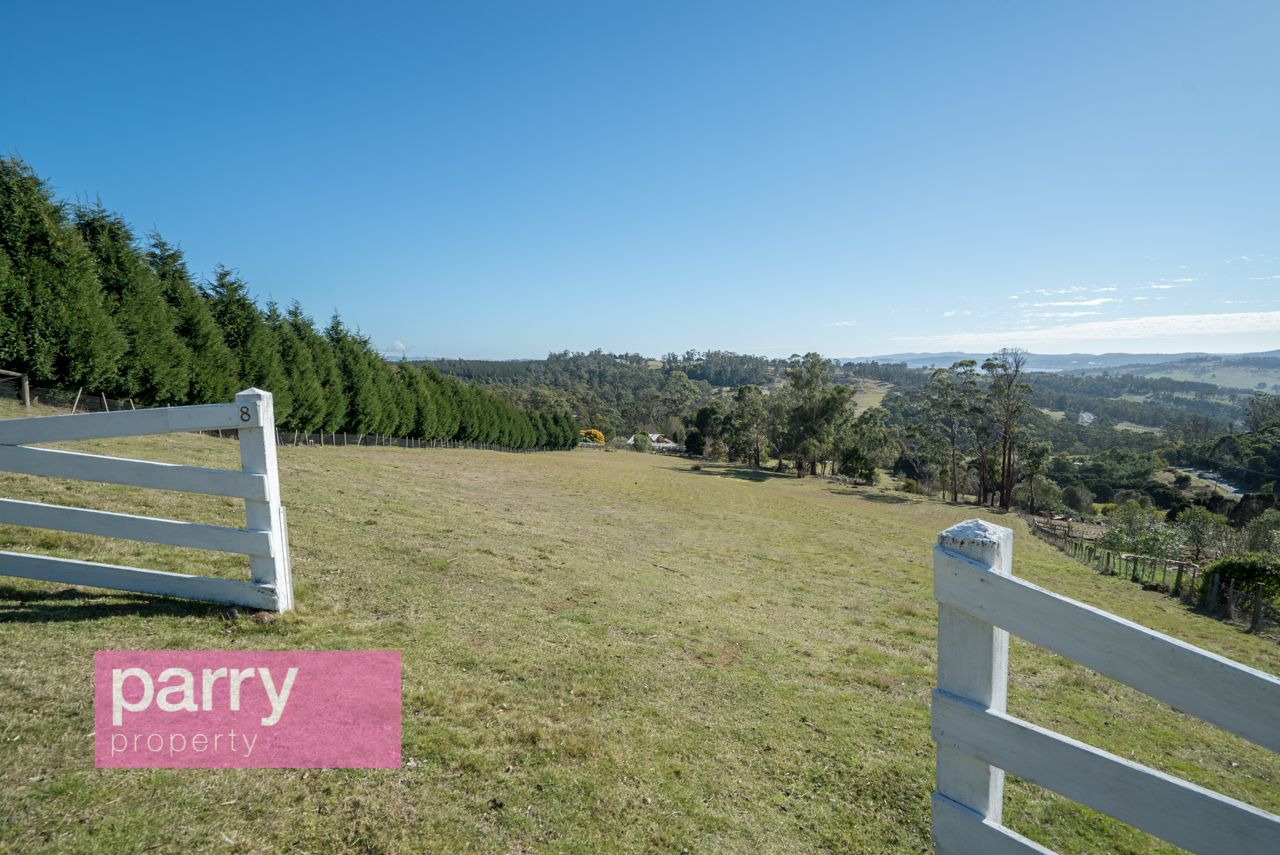 8 Mountain View Crescent, Grindelwald TAS 7277, Image 1