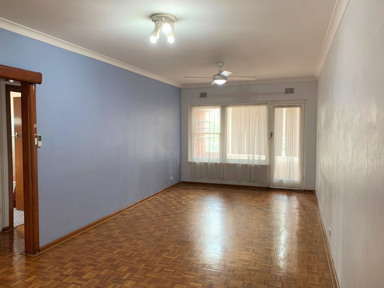 1/176 Broadarrow Rd, Riverwood NSW 2210, Image 1