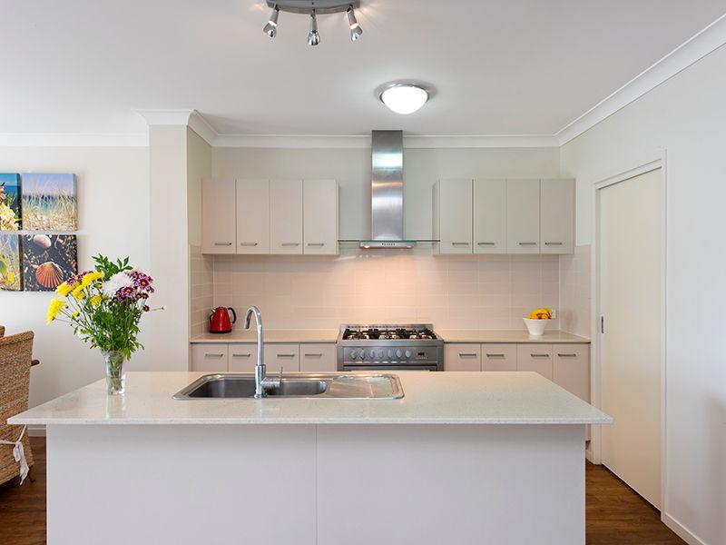 7 McMullan Close, Gumdale QLD 4154, Image 2