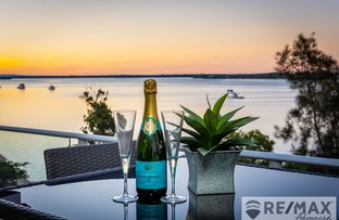 Picture of 20/8A Spinnaker Drive, Sandstone Point QLD 4511