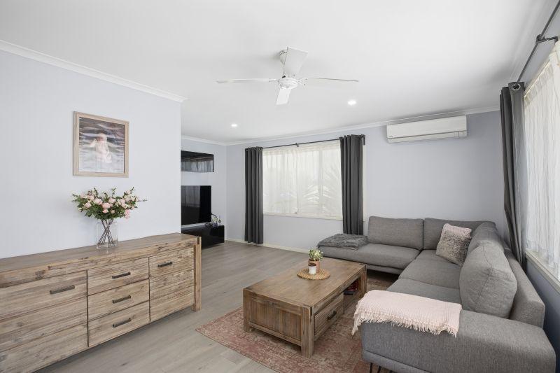 25 Phyllis Avenue, Kanwal NSW 2259, Image 1