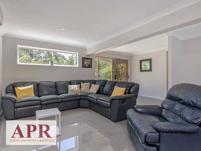 25 Walkers Road, Everton Hills QLD 4053, Image 2