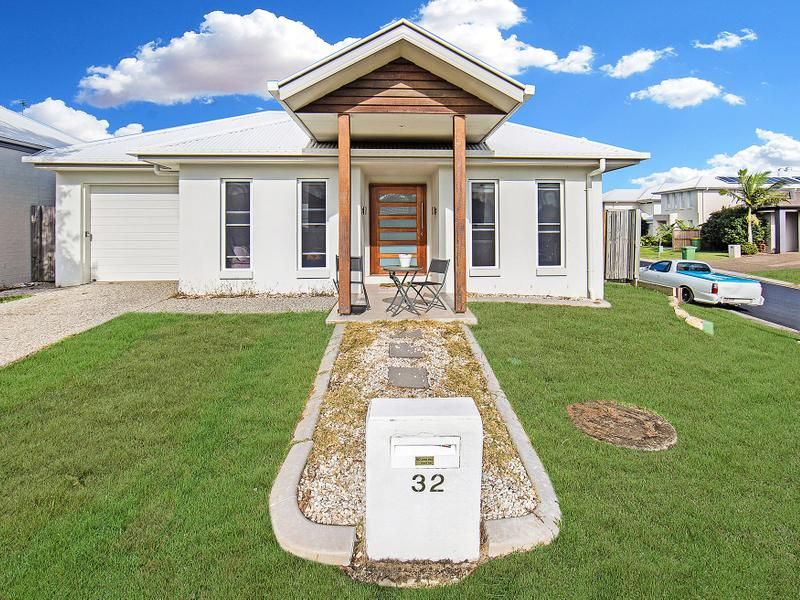 32 Planigale Crescent, North Lakes QLD 4509, Image 0