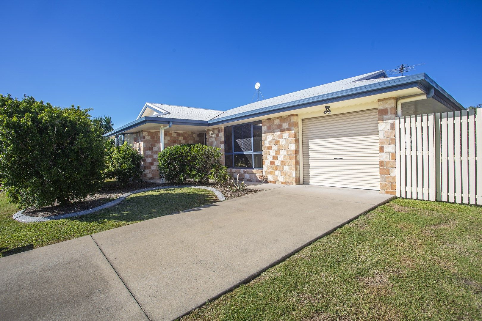 7 Marlin Court, Andergrove QLD 4740, Image 0